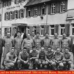 Mannschaftsfoto vor Hotel Blume - Vorbereitung auf die Fußball WM 1954